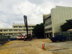 旧赤羽中学校閉鎖管理棟解体工事1