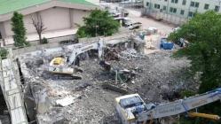 旧赤羽中学校閉鎖管理棟解体工事3