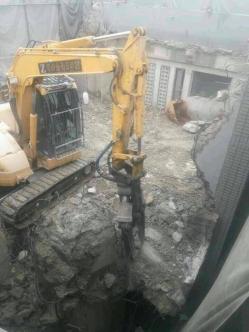 ジュバンス本社ビル解体工事3