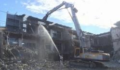 旧住吉小学校校舎解体工事3